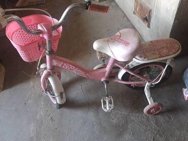 Продаю 2 велосипеда для девочек в хорошем состоянии