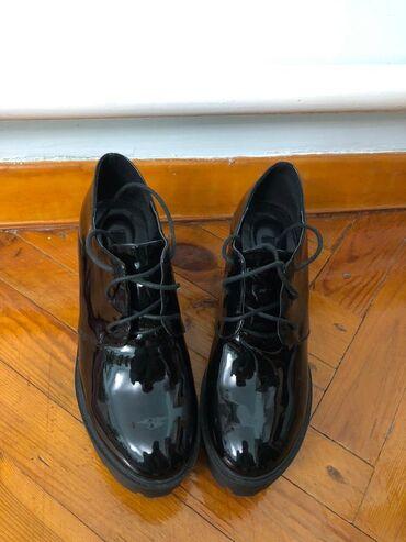 Ботинки в хорошем состоянии, носили недолго. Подойдёт на 37-38