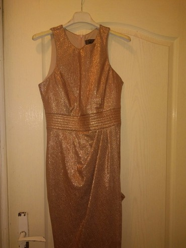 Elegantna duga haljina,moze i za maturu,samo jednom obucena za - Novi Sad