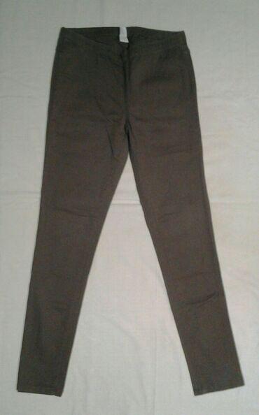 SNIŽENOOO!!! PIECES pantalone srednje sive boje, model helanki ali