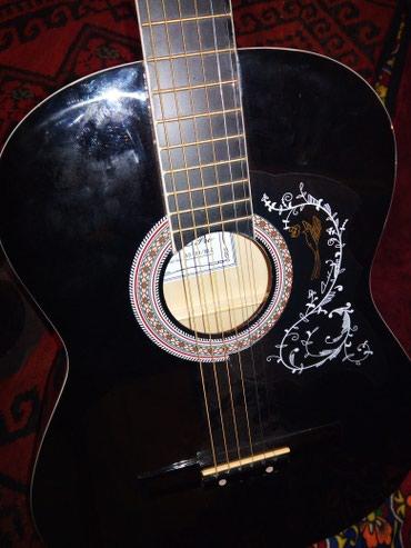Гитара сатылат айдаркен в Янгишахр