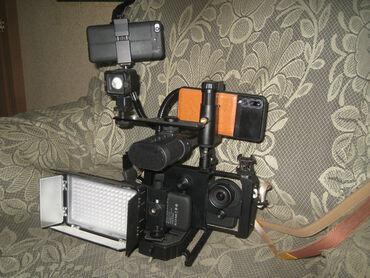 Фото и видеокамеры - Кыргызстан: Продаю видеооборудование (фото оборудование) для профессиональной
