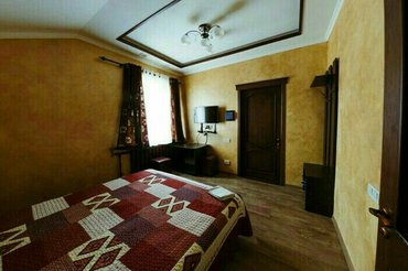 Продаю гостиницу, действующий бизнес:370м2, 3 уровня,  район Манаса/Т в Бишкек