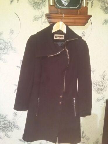 palto - Azərbaycan: Qara palto satılır, 1-2-dəfə geyinilib Oda demək olarki geyinilmiyib