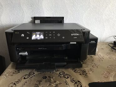 Epson L 850 printer Salam printer yenidi 2,3 ay olar almışam üstübdəki