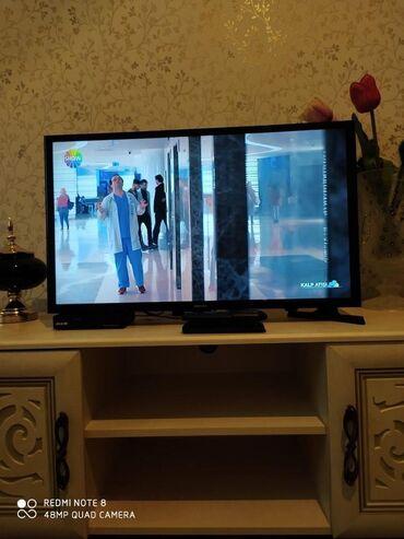 Elektronika Göytəpəda: 81ekran samsung tv 200 manata satilir,smart deyil. 3ildir istifade