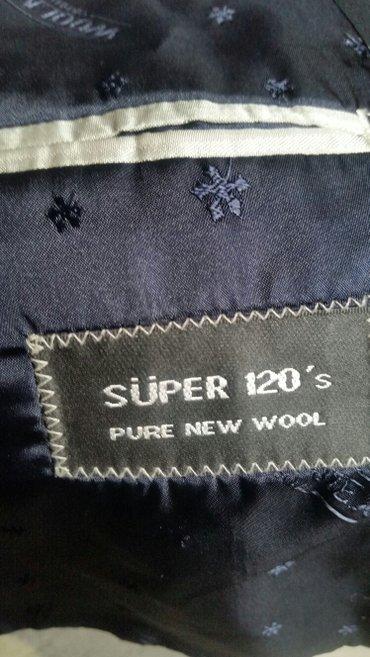 Bakı şəhərində Klassik kişi kostyumu. Türkiyənin woolmex firmasınındı. 1-2 dəfə geyin- şəkil 4