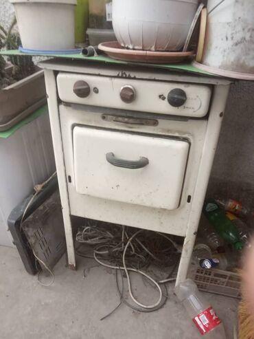 Электроника - Кемин: Газ плита 500 сом