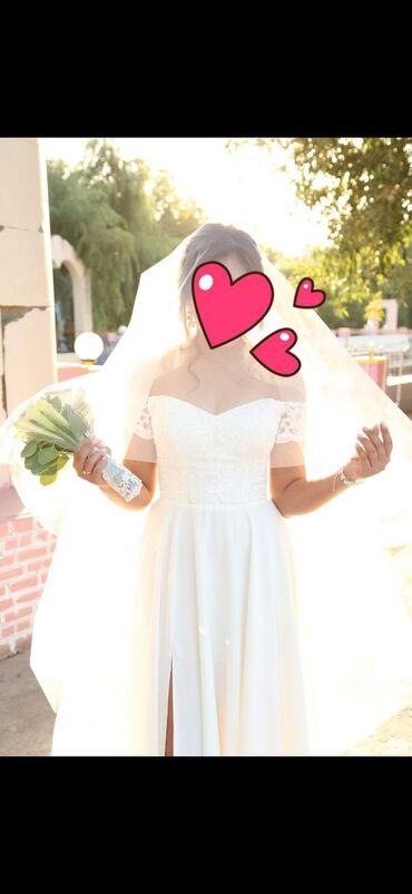 Продается красивое легкое свадебное платье. Сшито на заказ в atelier.m