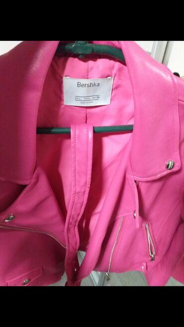 Pink kosuljoca - Srbija: Bershka crop jakna potpuno nova nenosena crop model iz bershka