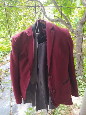 Детский мир - Ивановка: Школьная форма 5-6класс.юбка жилетка галстук пиджак.2шт.по 500 сом