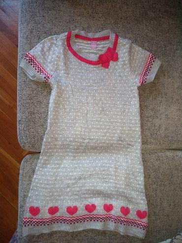 Jedna-majca - Srbija: Dve štrikane haljine,jedna Beneton i džemper,veličina za dete od 6 do