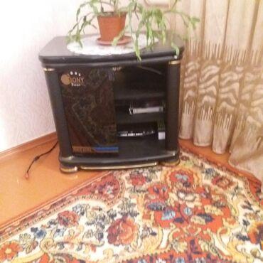 Тумбы в Кара-Балта: Продается тумбочка под телевизор