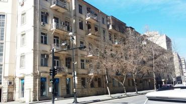 obyekt-icare-2018 в Азербайджан: ICARE: Nizami kucesi, LandMark otelinin yaxinliginda hazir gozellik s