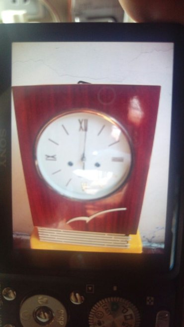 Bakı şəhərində Часы настенные, янтарь, с муз боем, новый, в идеальнос состоянии,
