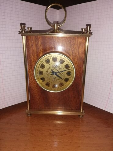 Антикварные часы - Кыргызстан: Куплю точно такие настольные часы Молния производство СССР