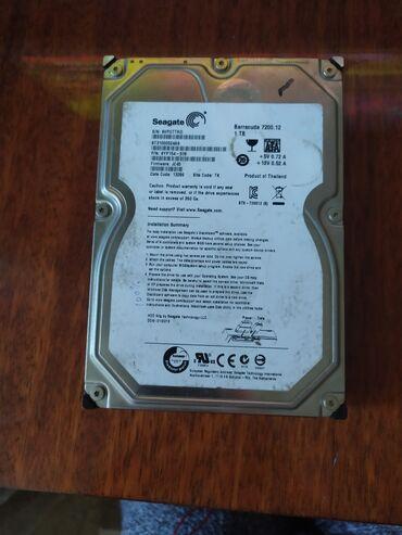 Жесткие диски, переносные винчестеры - Кыргызстан: Жёсткий диск 1тб. Здоровье показывает 100% но есть бэд блоки