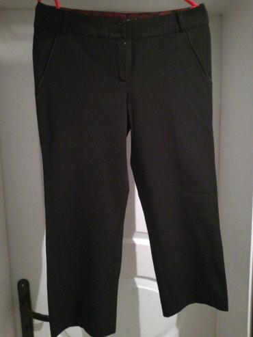 Crne pantalone sa dzepovima - Srbija: Lepe tricetvrt pantalone pamucne sa svilenim.obrubom na dzepovima