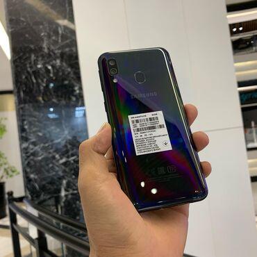 Б/у Samsung A40 64 ГБ Черный