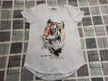Ženska odeća | Subotica: LC Waikiki zenska majica  Velicina S Bez ostecenja
