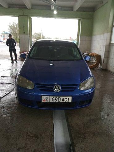 Volkswagen Golf 2004 в Кемин
