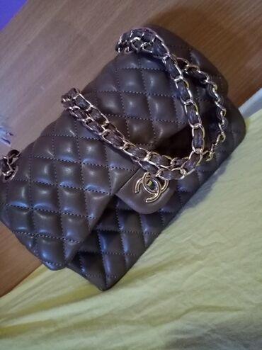 Prada-torba-je-turskoj-e - Srbija: Prelepa mala Chanel, kupljena u Turskoj
