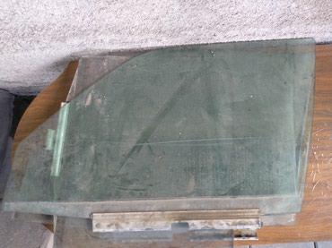 Стёкла на Мерседес w-124. есть правая в Бишкек