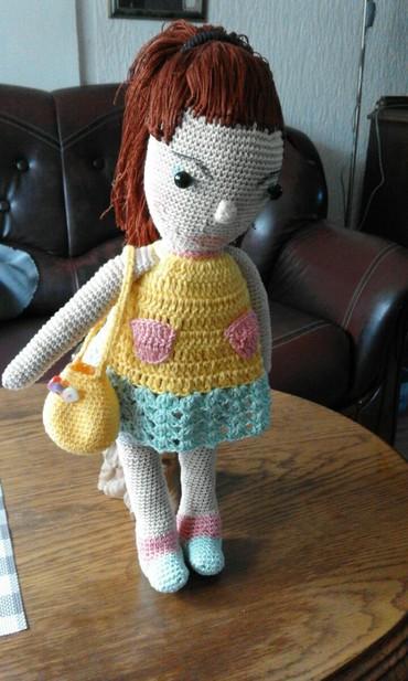Heklana lutka igracka visine 36 cm od pamucnog konca.haljina se moze - Vrnjacka Banja