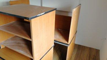 Kancelariski stolovi-dva kompletna stola sa zaobljenim delom koji ih - Nis