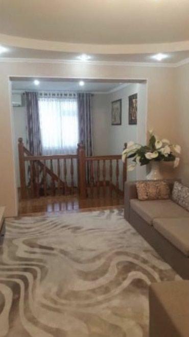 сетка для вытяжки на кухне в Кыргызстан: Продается квартира: 3 комнаты, 100 кв. м