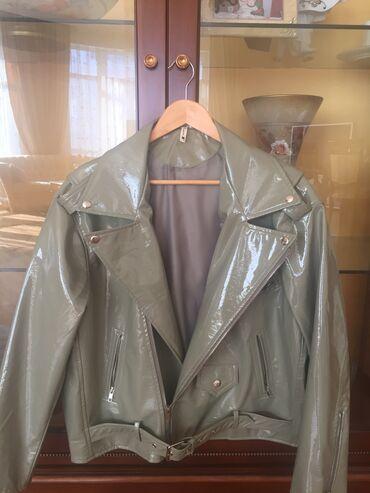 lakli usaq ckmlri - Azərbaycan: Kurtka lakli teze.  Новая Женская куртка косуха оверсайз лаковая, ц