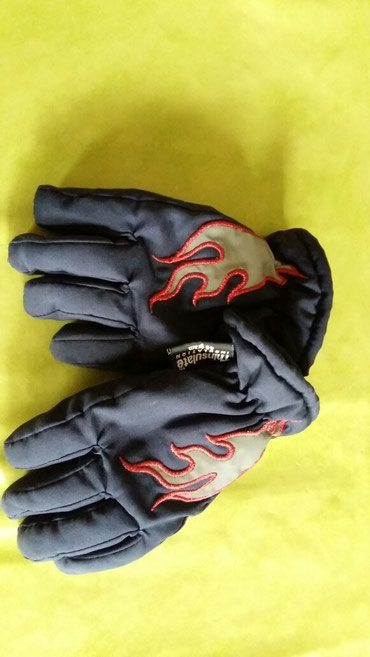 Kvalitetne rukavice za dečake od 3god(nosene,očuvane) - Petrovac na Mlavi