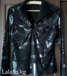 Интересная блузка. черная с серебристым принтом. размер 44, 46 в Бишкек