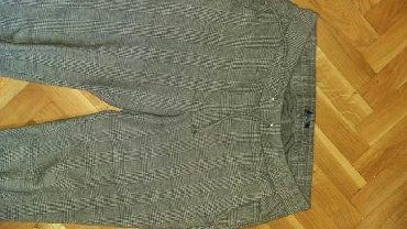 Pantalone edc esprit - Srbija: Esprit pantalone 3/4 br.38 ali moze i 40 jer je lastiz u struku. Vise