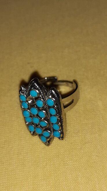 Δαχτυλιδι με πετρες χρωμα τυρκουαζ