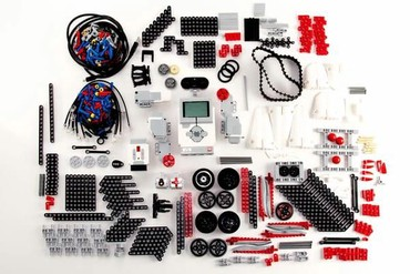 texnikalı konstruktorlar - Azərbaycan: Lego Mindstorm proqramlaşdırılan robot yığmaq uçün konstruktor