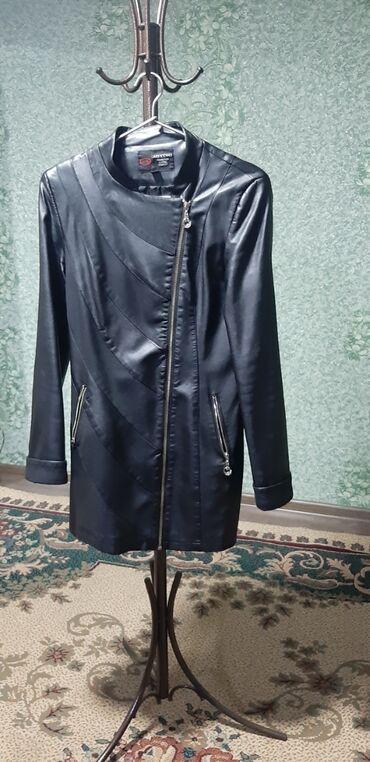 женская одежда вечерние платья в Кыргызстан: Продаю в хорошем состоянии тренч кожаный 1500сом, кожаный плащ