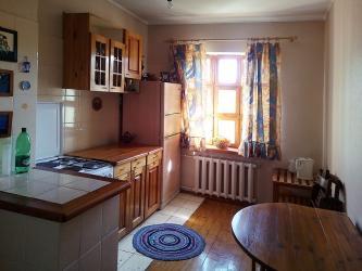 Продается квартира: 4 комнаты, 81 кв. м