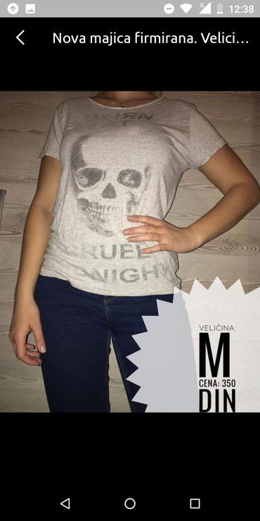 Hm majica. Velicina M L - Prokuplje