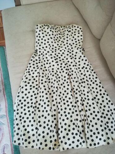 Ženska odeća | Novi Sad: Haljina u Pin Up stilu, sa umetnutim korsetom, izuzetnog kvaliteta i