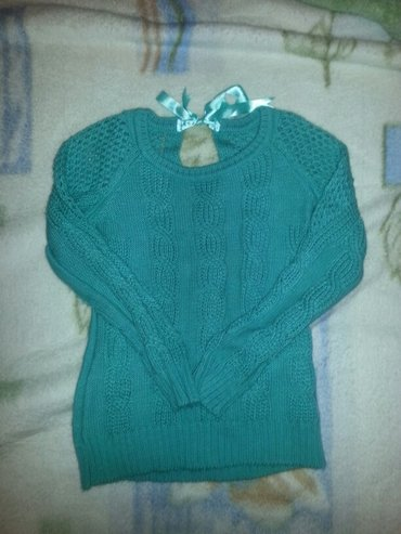 Женская одежда в Сокулук: Кофточка. одета один раз! размер 42-44. Турция! брала за 1800 в