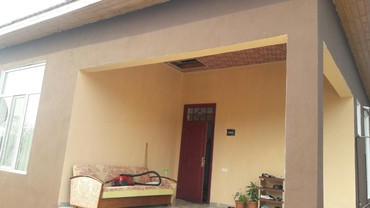 Zaqatala şəhərində Satış Evlər sahibinin nümayəndəsindən (komissiyasız): 82 kv. m., 4 otaqlı