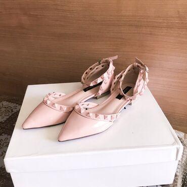 Новые балетки в стиле Valentino. Размер: 35 (подойдёт и на 36)