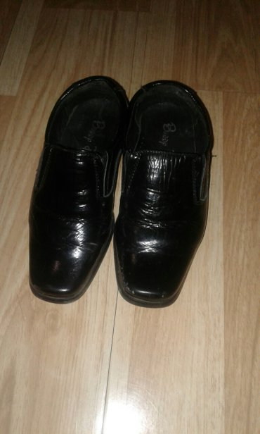 Продаю туфли детские 25 размер  в Бишкек