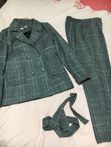 Продаю женский костюм, производство Кыргызстан. Состояние почти новое. в Бишкек