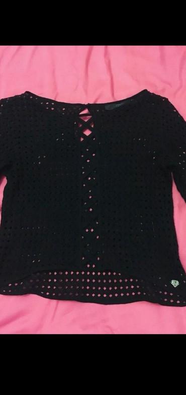 женские-черные-свитера в Азербайджан: Kofta razmer S-M. Səliqəli geyinilib