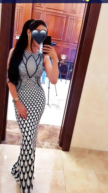 Продаю вечернее платье Размер 44-46-48. Идеальная посадка