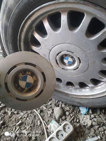 шины бу купить в Кыргызстан: Куплю крышку на диск 1 штуку БМВ 46 39