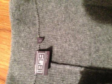 Muška odeća   Zajecar: Moderan, urban, udoban dzemper / sako, sive boje, moze i kao