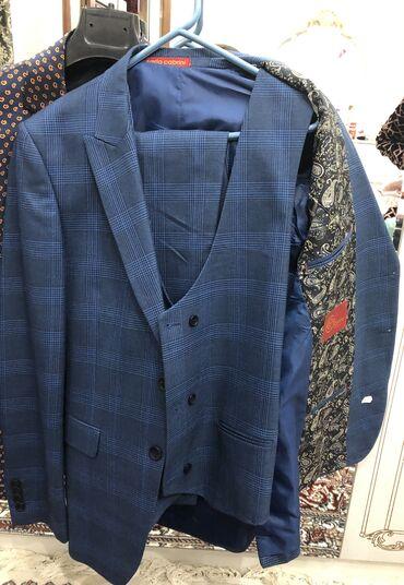 Состояние идеал, костюм 3-ка пиджак в подарок.Турецкий пошив